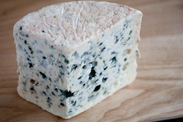 ¿Queso azul o verde? ¿Son todos los quesos iguales?