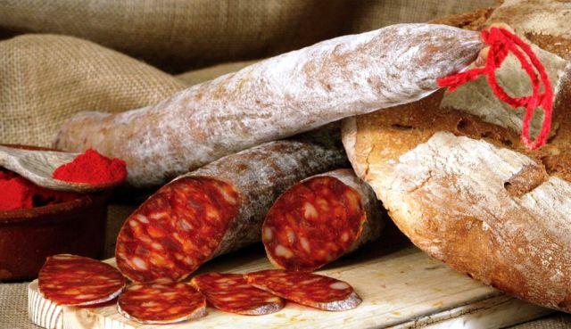 Chorizo-de-Pamplona-Embutido-crudo-curado-El-Portal-del-Chacinado