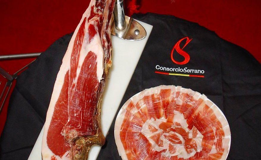 Consorcio-del-Jamón-Serrano-Español-sella-su-pieza-14.000.000-el-portal-del-chacinado