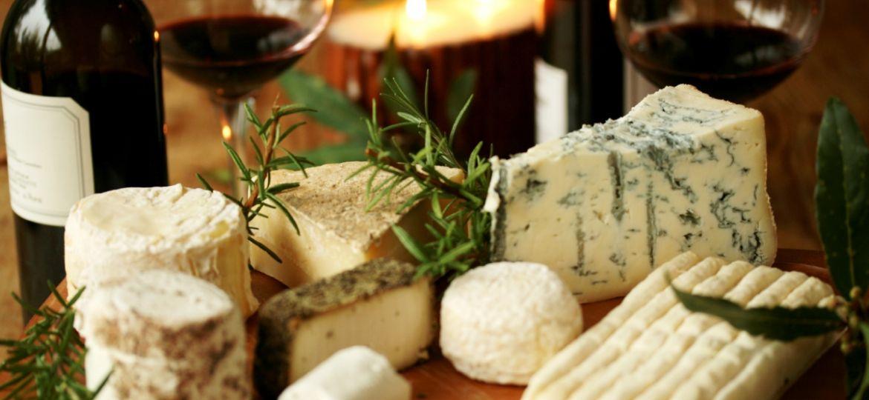 Los-quesos-franceses-podrían-prevenir-las-enfermedades-cardiovasculares-El-Portal-del-Chacinado-