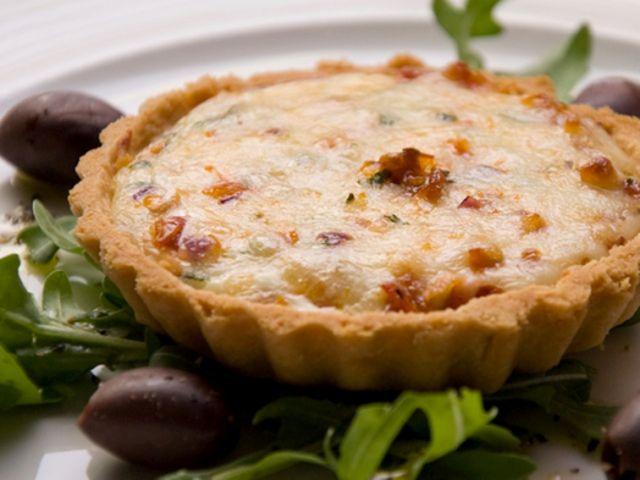 Receta-para-preparar-tartaletas-de-queso-mozzarella-y-calabacines-El-Portal-del-Chacinad