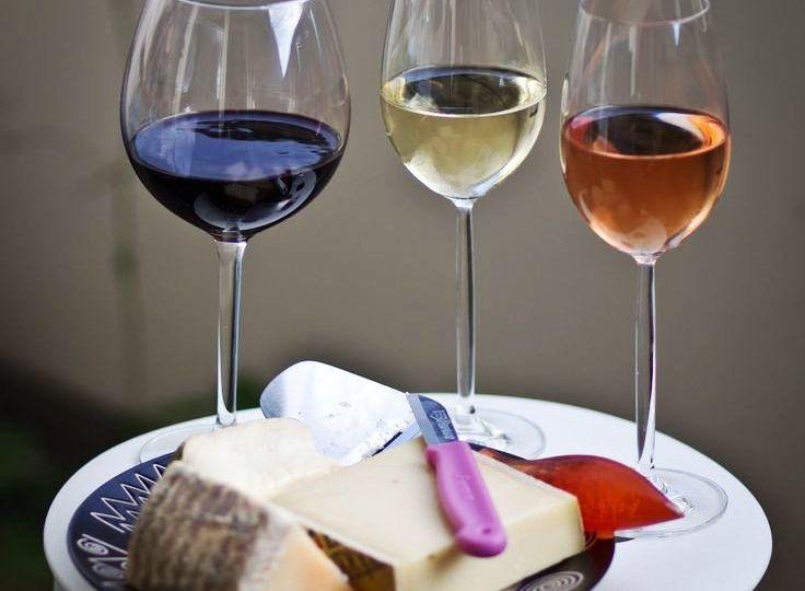 Tiras-para-probar-un-vino-El-Portal-del-Chacinado