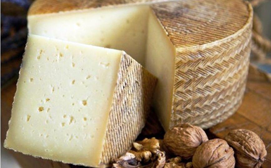 manchego-Un-queso-apto-para-los-alérgicos-al-huevo-El-Portal-del-Chacinado