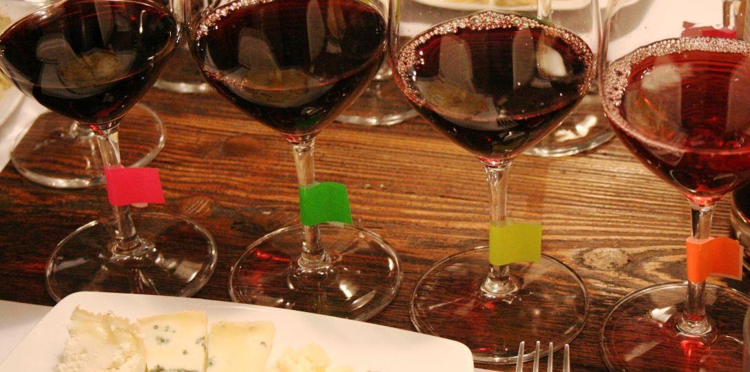 maridaje-de-vinos-tintos-El-Portal-del-chacinado